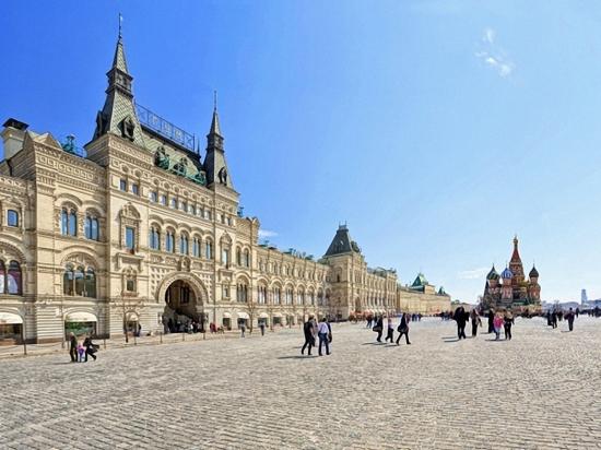 Здание ГУМ на Красной площади